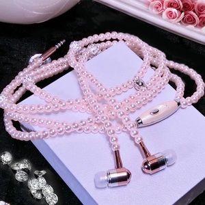 Pink pearl necklace headphones